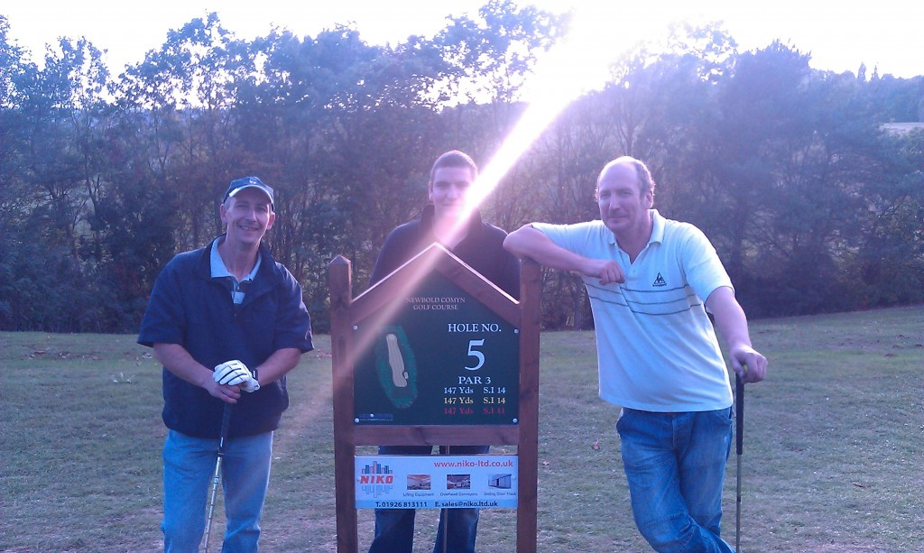 Niko employees take on hole 5 at Newbold Comyn golf course